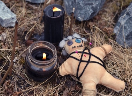 black candle spells for love, black magic love spells for beginners